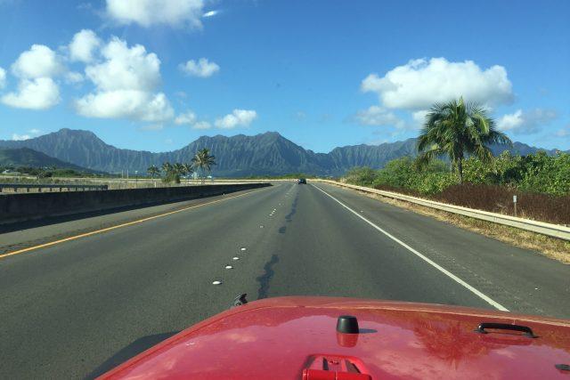 【ハワイの車道から】観光客がほとんど走ることのないH3を終点まで走ってみた