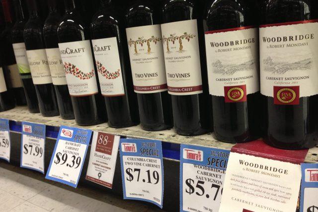 ワインショップのベテランスタッフがお薦めする、10ドル以下の極上ワイン