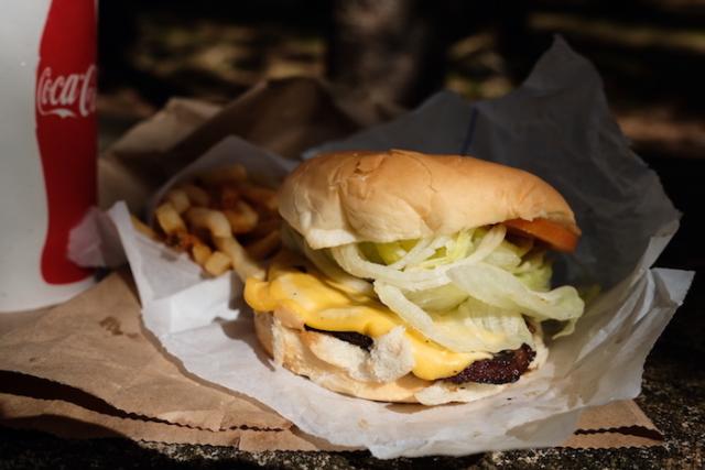 懐かしい味のチーズバーガーTOP5