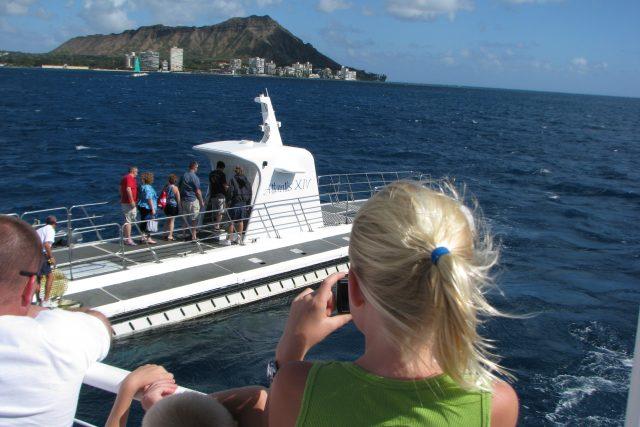 実は未経験。王道ハワイのアクティビティ、サブマリンに乗船してみた